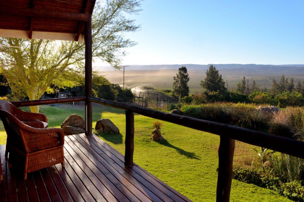 Südafrika Addo Dung Beetle Farm Chalet Ausblick Iwanowskis Reisen - afrika.de
