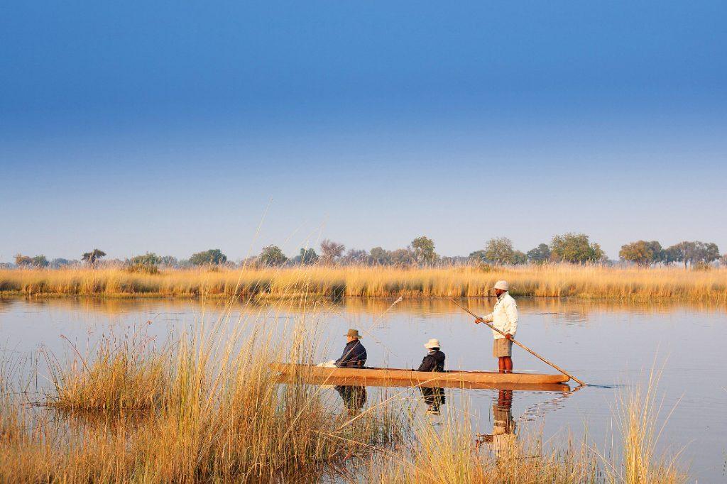 Botswana Okavango Delta Splash Camp Mokoro Iwanowskis Reisen - afrika.de