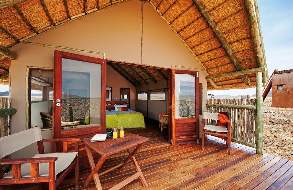 Namibia Sossusvlei Kulala Desert Lodge Safarizelt Iwanowskis Reisen - afrika.de