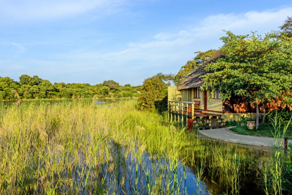 Namibia Rundu Hakusember River Lodge Iwanowskis Reisen - afrika.de