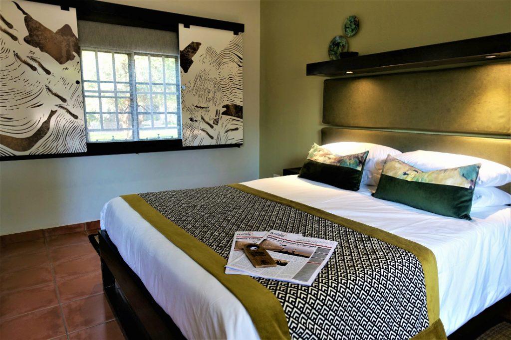 Namibia Namib Desert Lodge Zimmer Iwanwoskis Reisen - afrika.de