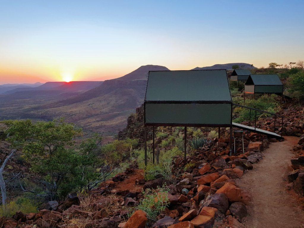 Namibia Grootberg Etendeka Mountain Trail Wanderung Hill Camp Iwanowskis Reisen - afrika.de