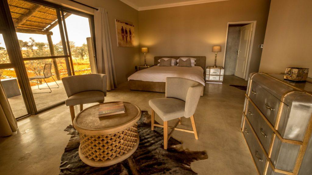 Namibia Kalahari Bagatelle Game Ranch Farmhouse Zimmer Iwanowskis Reisen - afrika.de