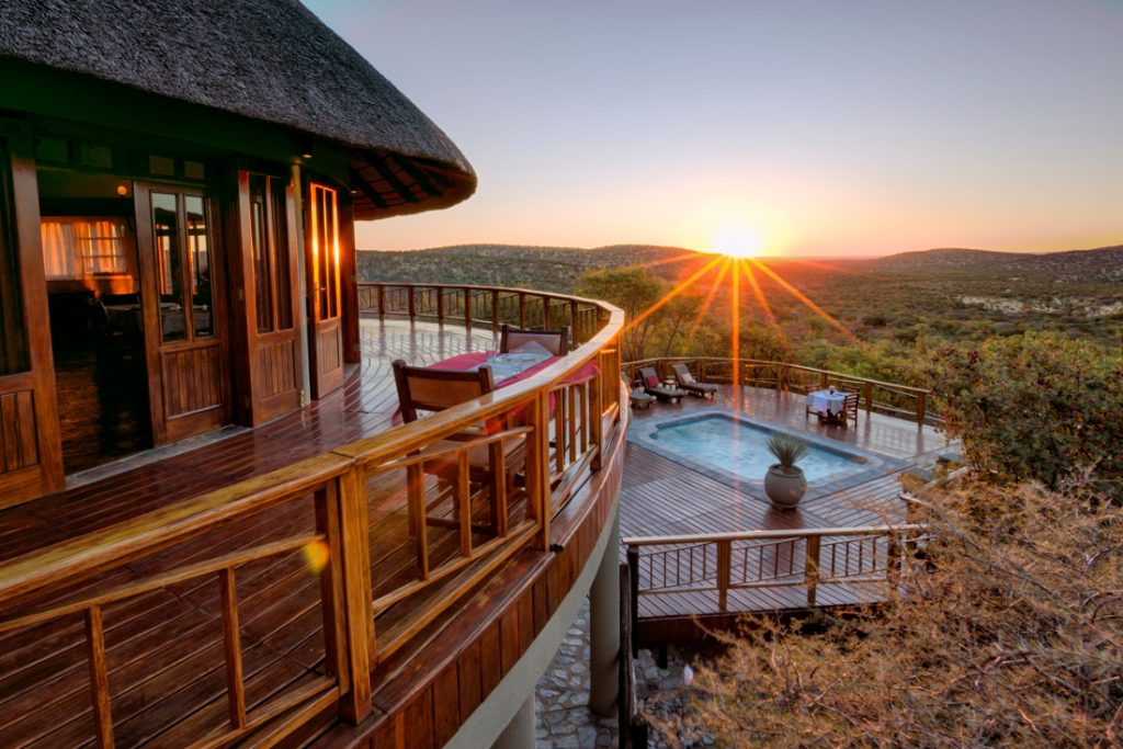 Namibia Etosha National Park Etosha Mountain Lodge Iwanowskis Reisen - afrika.de