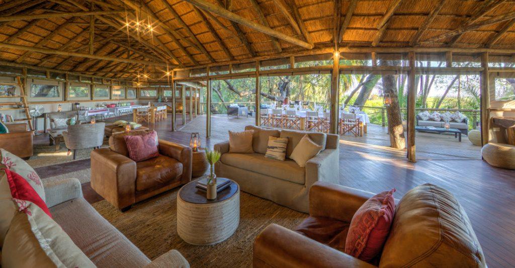 Botswana Okavango Delta Setari Camp Hauptbereich Iwanowskis Reisen - afrika.de