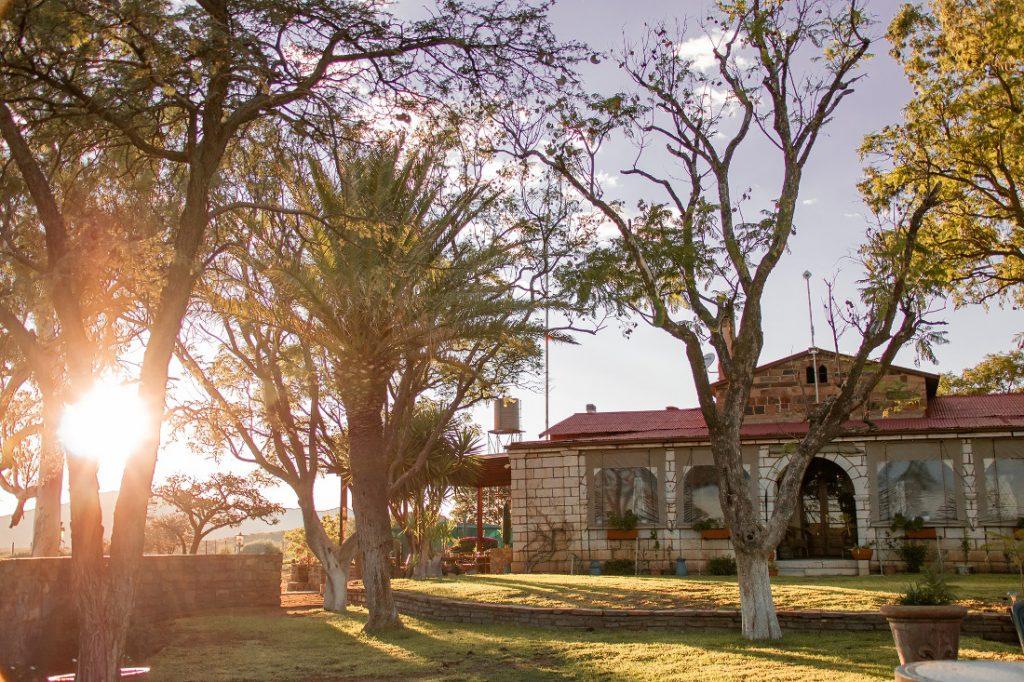 Namibia nahe Windhoek Gästefarm Voigtland Iwanowskis Reisen - afrika.de