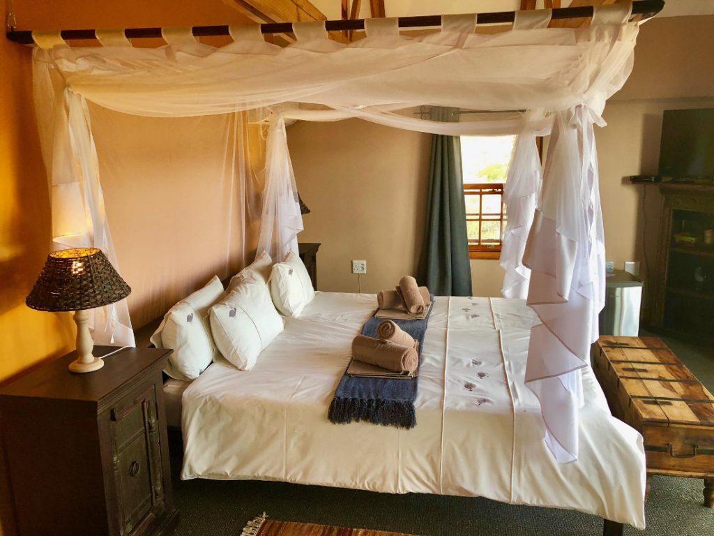 Namibia Windhoek Ti Melen Zimmer Iwanowskis Reisen - afrika.de