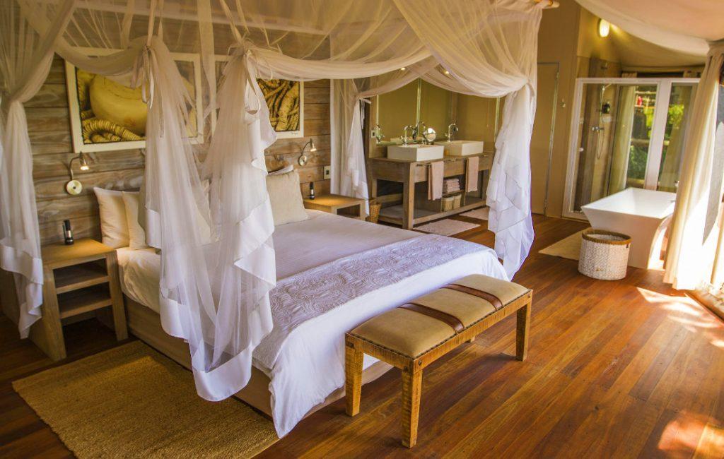 Namibia Bwabwata National Park Nambwa Tented Lodge Zeltsuite Iwanowskis Reisen - afrika.de