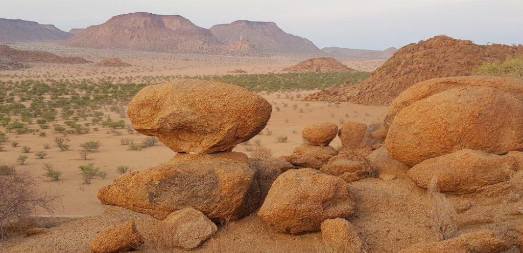 Namibia Twyfelfontein Adventure Camp Landschaft Iwanowskis Reisenen - afrika.de