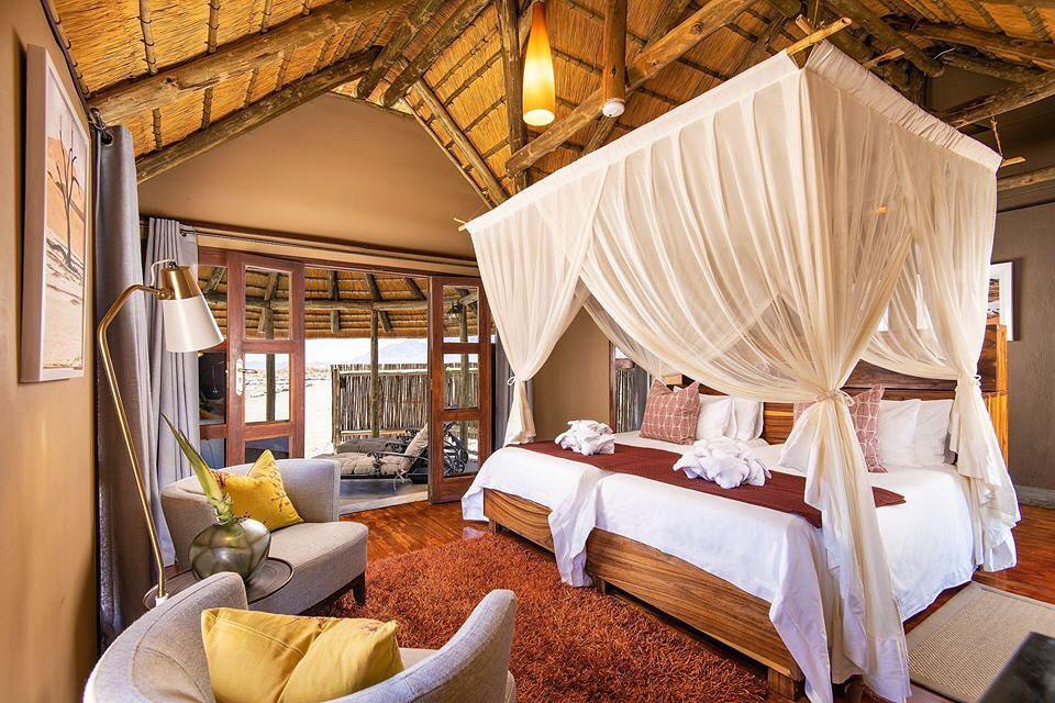 Namibia Sesriem Hoodia Desert Lodge Zimmer Iwanowskis Reisen - afrika.de