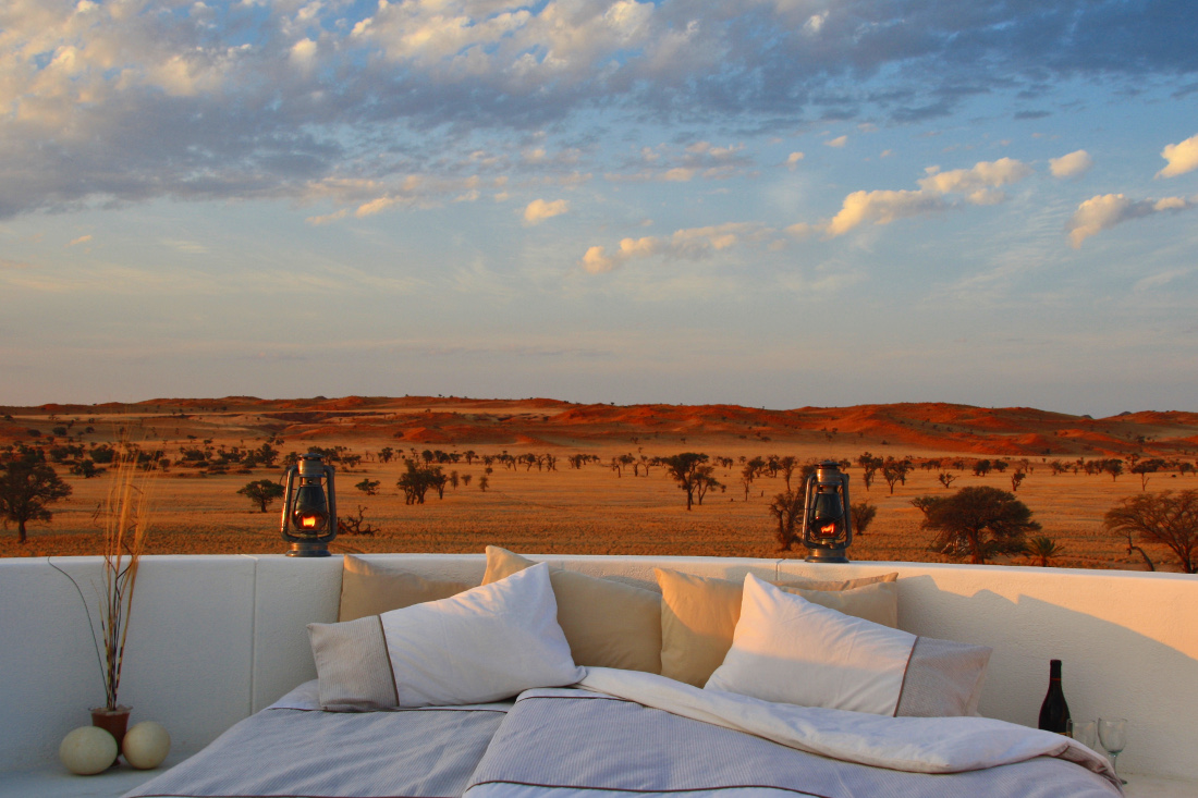 Namibia Solitaire Tsondab Valley Lodge Dachterrasse Iwanowskis Reisen - afrika.de