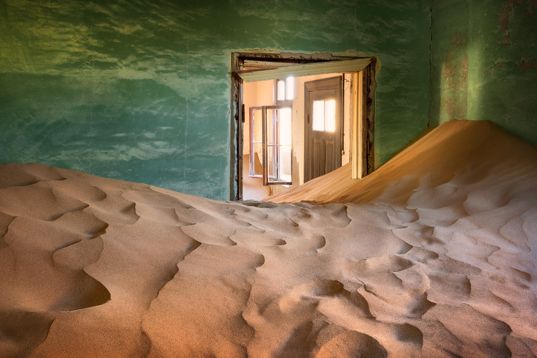 Namibia Lüderitz Nest Hotel Kolmanskop Kolmannskuppe Iwanowskis Reisen - afrika.de