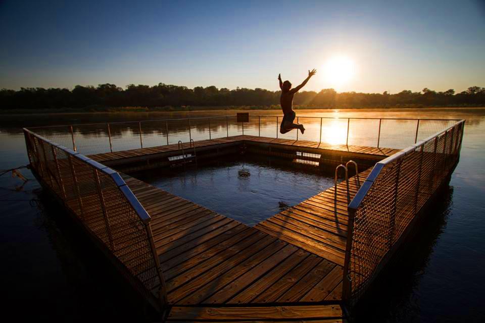 Namibia Divundu Popa Falls Ngepi Camp Pool Iwanowskis Reisen - afrika.de