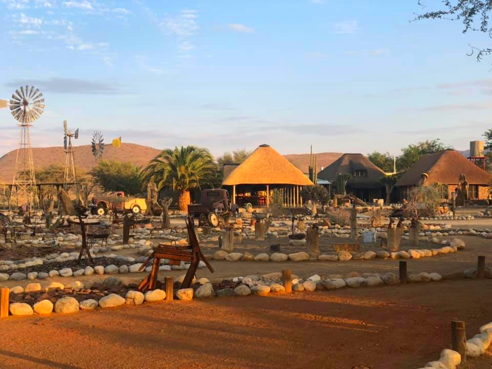Namibia Namib Naukluft Park Tsauchab River Camp Farmgelände Iwanowskis Reisen - afrika.de