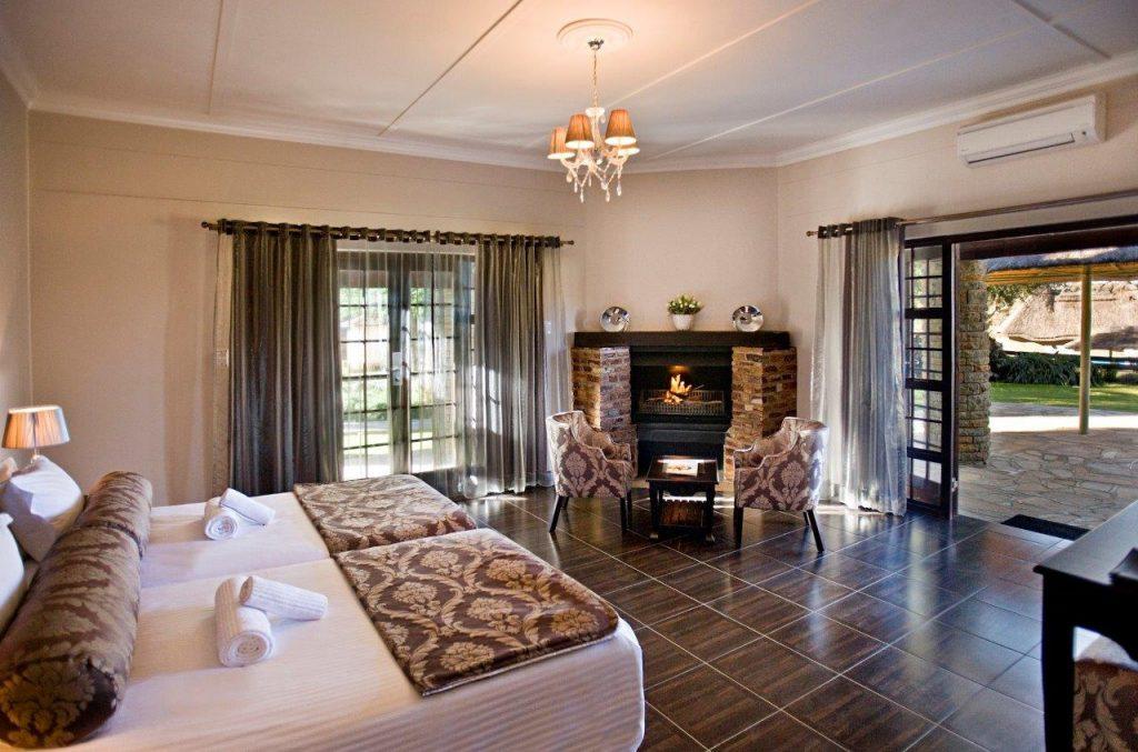 Namibia Okahandja Midgard Country Estate Zimmer Iwanowskis Reisen - afrika.de