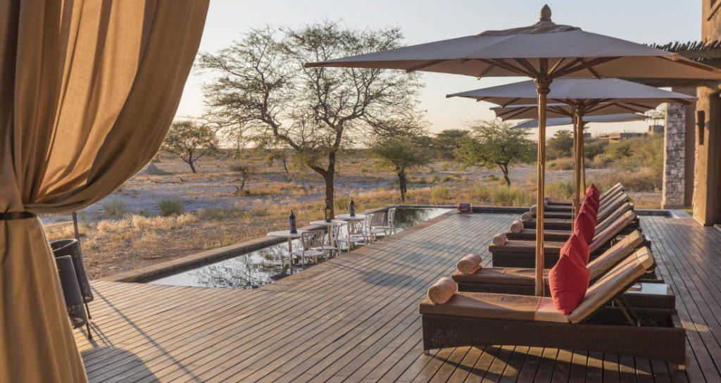 Namibia Etosha National Park Onguma The Fort Pool Iwanowskis Reisen - afrika.de