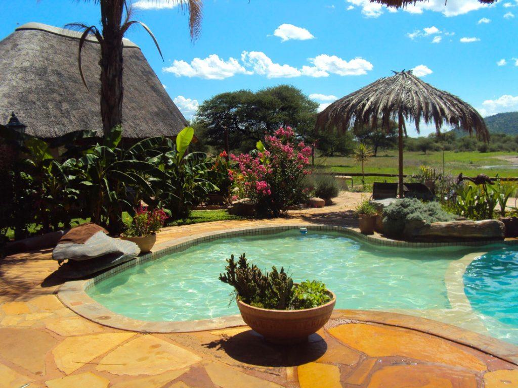 Namibia Otavi Gabus Game Ranch Pool Iwanwoskis Reisen - afrika.de