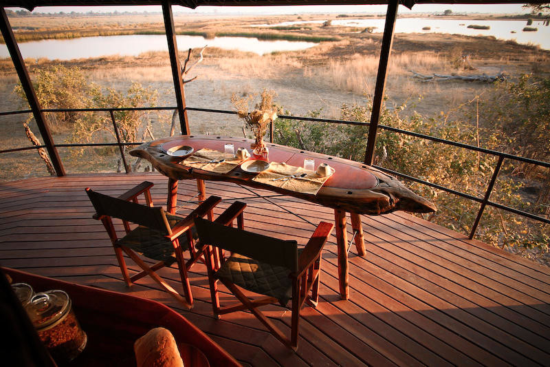 Namibia Caprivi Jackalberry Tented Camp Frühstücksterrasse Iwanowskis Reisen - afrika.de