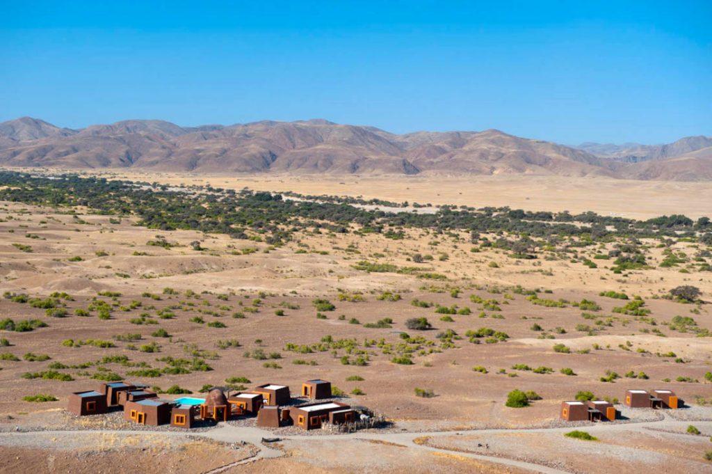 Namibia Kaokoland Okahirongo Elephant Lodge Iwanowskis Reisen - afrika.de