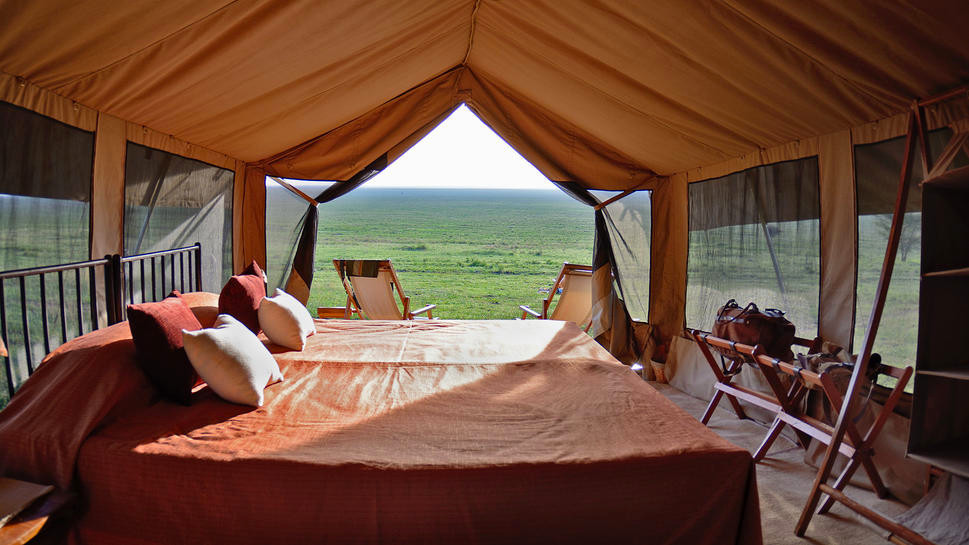 Tansania Serengeti Matembezi Classic Camp Safarizelt Iwanowskis Reisen - afrika.de
