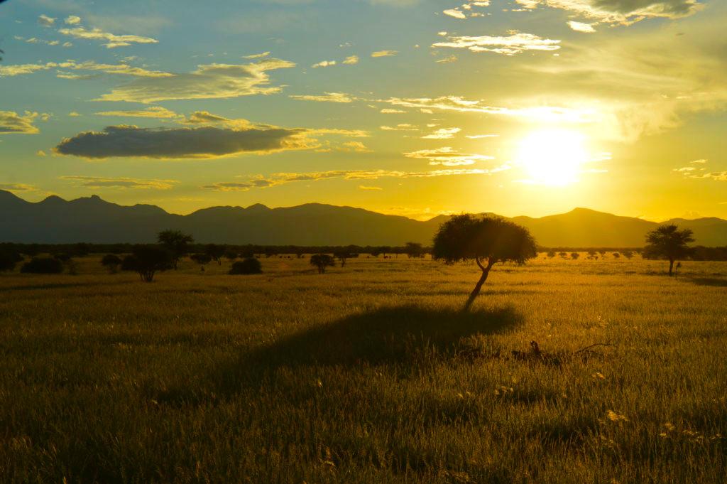 Namibia Omaruru Onduruquea Lodge Ausblick Iwanowskis Reisen - afrika.de