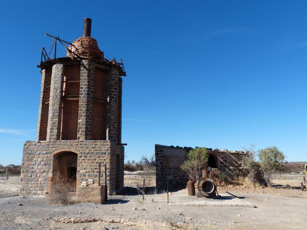Namibia Keetmanshoop Alte Kalköfen Ofen Iwanowskis Reisen - afrika.de