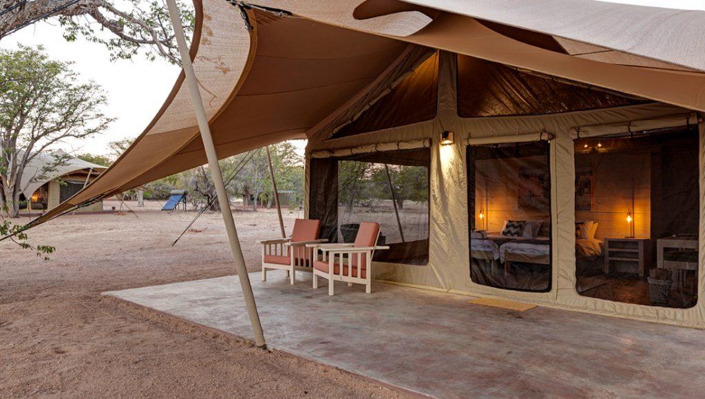 Namibia Twyfelfontein Malansrus Tented Camp Iwanwoskis Reisen - afrika.de