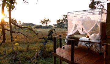 Botswana Flugsafari Okavango Delta Baines' Camp Open-Air Himmelbett - afrika.de