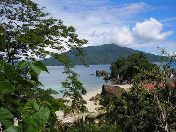 MadagaskarBlick auf Bucht Iwanowskis Reisen - afrika.de