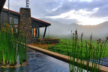 Ruanda Ausblick Nyungwe Forest Lodge Iwanowskis Reisen - afrika.de