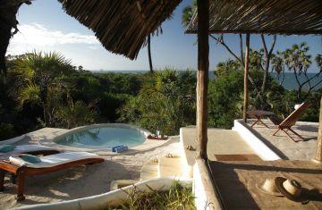 Flugsafari in Tansanias Süden Ras Kutani Camp - afrika.de
