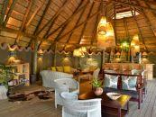 Chobe Bakwena Lodg Loungee - afrika.de Iwanowski's Individuelles Reisen