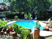 sambia livingstone waterberry lodge pool - afrika.de