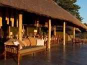 simbabwe safaris camps