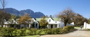 Knorhoek Guest_House_exterior_Jumbo